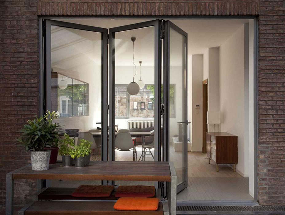 Bi-fold doors, Reynaers CF68