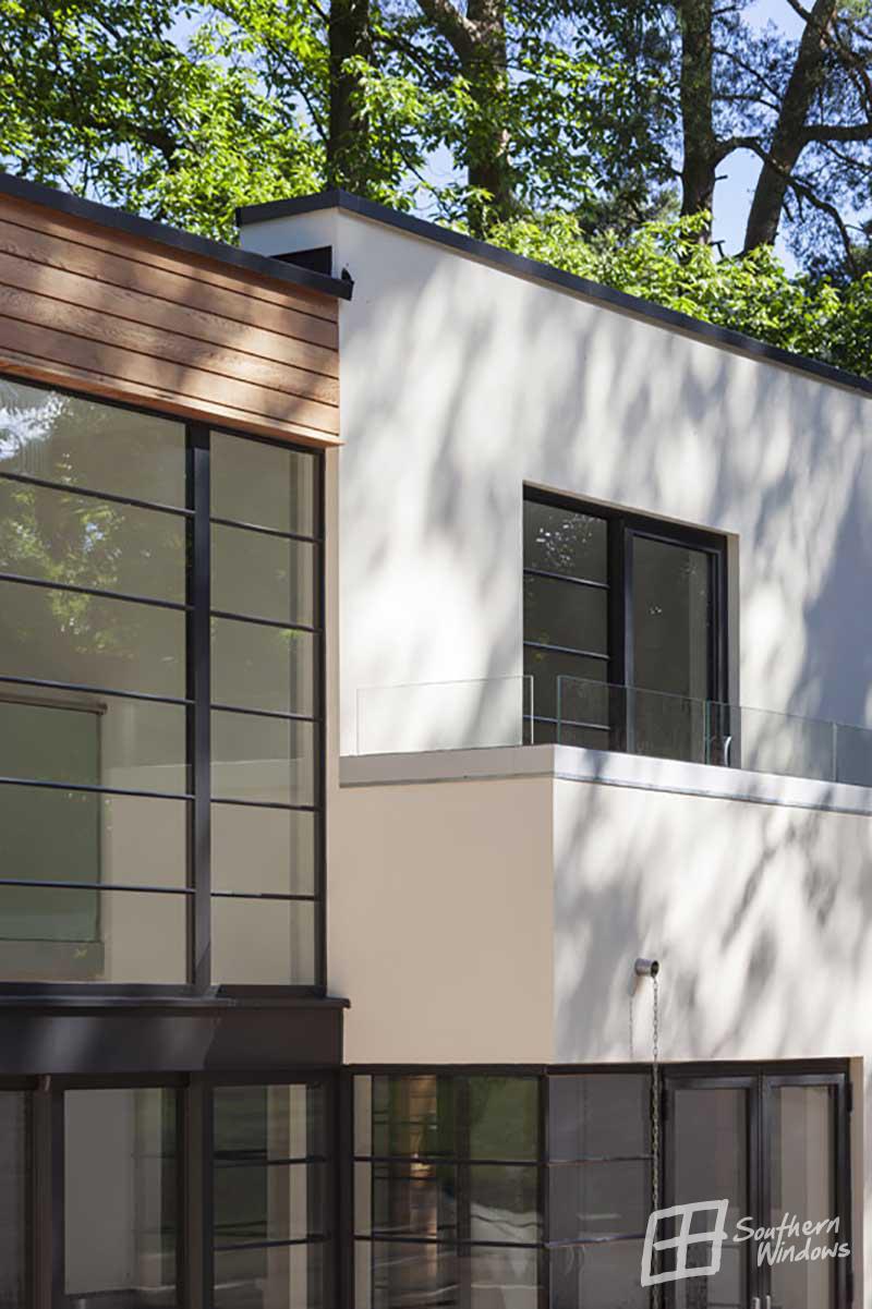 Farnham, Surrey-architectural glazing detail