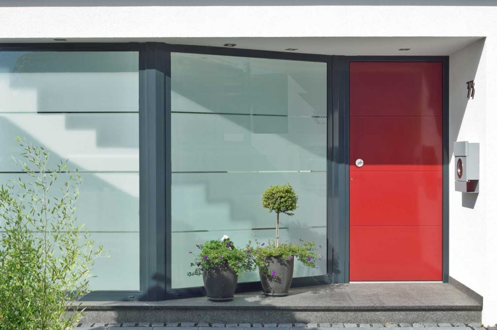 Schuco entry door no glass inserts, Liseo