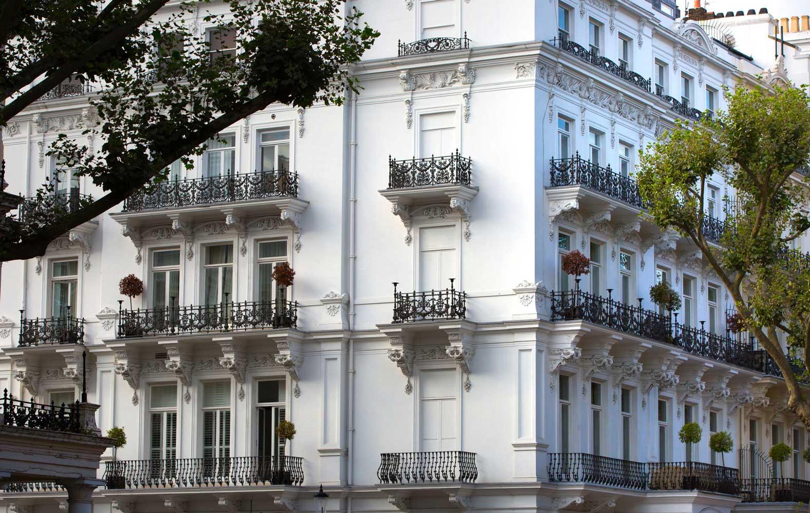 Timber casement windows, London