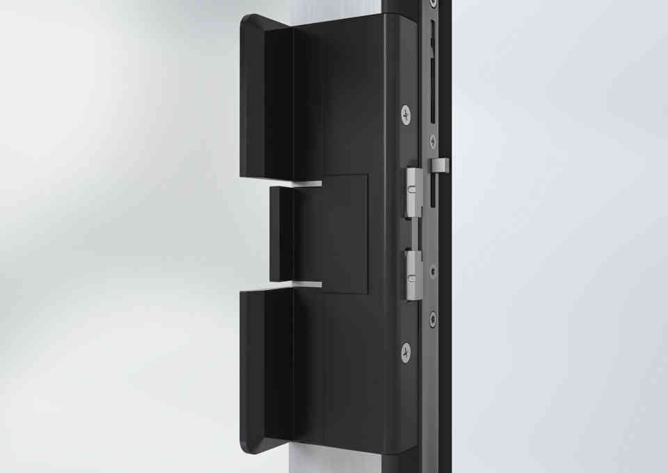 Schüco ASE67PD locking system